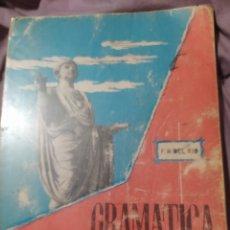 Libros de segunda mano: GRAMÁTICA LATINA. DEL RÍO. EDICIONES S. M. AÑO 1965. RÚSTICO. PÁGINAS 150. PESO 400 GR.. Lote 195060245