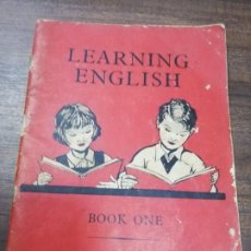 Libros de segunda mano: LEARNING ENGLISH. BOOK ONE. J. M. MILLER, 1961.. Lote 195367660