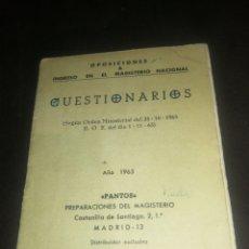 Libros de segunda mano: CUESTIONARIOS, OPOSICIONES INGRESO MAGISTERIO NACIONAL(1965),. Lote 226923315