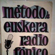 Libros de segunda mano: MÉTODO DE EUSKERA RADIOFÓNICO (1ER CURSO) / EUSKERA IRRATI BIDEZ (1GO IKASTAROA). SAN SEBASTIÁN:1969. Lote 269035604