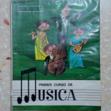 Libros de segunda mano: PRIMER CURSO DE MUSICA SM PUBLI/VOX 1970. Lote 278487033