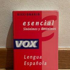 Libros de segunda mano: DICCIONARIO ESENCIAL SINONIMIA Y ANTÓNIMOS LENGUA ESPAÑOLA. Lote 279439683