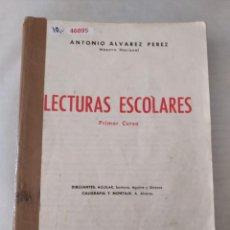 Libros de segunda mano: 46895 - LECTURAS ESCOLARES PRIMER CURSO - POR ANTONIO ALVAREZ PEREZ - ED. MIÑON - AÑO ?. Lote 288606243