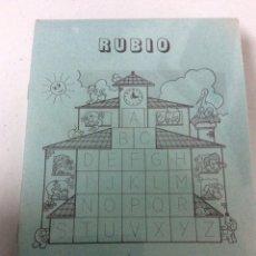 Libros: BLISTER CON 26 UNIDADES DE ESCRITURA Nº5 RUBIO AÑOS 80, SIN DESPRECINTAR. Lote 186460968