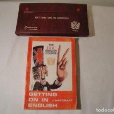 Libros: LIBRO Y CASETES ORIGINALES (3): GETTING ON IN ENGLISH. CURSO DE INGLÉS. EDITORIAL ALHAMBRA, 1971.. Lote 222262946