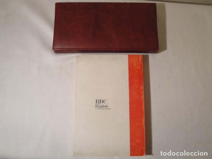 Libros: Libro y casetes originales (3): Getting on in English. Curso de Inglés. Editorial Alhambra, 1971. - Foto 2 - 222262946