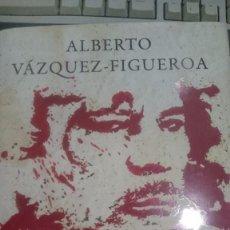 Libros: MATAR A GADAFI DE ALBERTO VAZQUEZ FIGUEROA. Lote 63523936