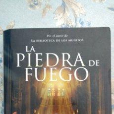Libros: LA PIEDRA DE FUEGO, DE GLENN COOPER. Lote 118609276