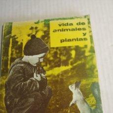 Libros: VIDA DE ANIMALES Y PLANTAS. Lote 178172767