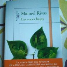 Libros: MANUEL RIVAS - LAS VOCES BAJAS. Lote 182687675