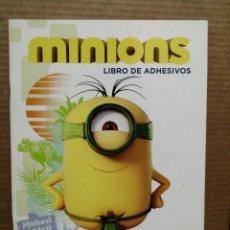 Libros: LIBRO DE PEGATINAS MINIONS LIBRO DE ADHESIVOS MÁS DE 100 Y 40 ACTIVIDADES. Lote 227207670