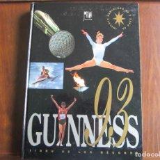 Libros: GUINNES 93. LIBRO DE LOS RECORDS. Lote 204251452