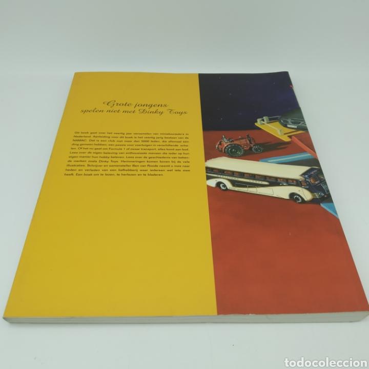 """Libros: """"Los chicos mayores no juegan con Dinky Toys"""" año 2005 - Foto 2 - 209232707"""