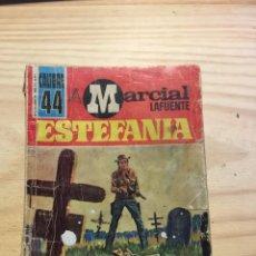 Libros: JUGANDO CON LAS BALAS - MARCIAL LAFUENTE ESTEFANIA. Lote 211385872