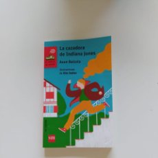 Libros: LA CAZADORA DE INDIANA JONES. Lote 220721396