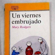 Libros: UN VIERNES EMBRUJADO. Lote 226707440