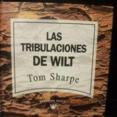 Libros: LAS TRIBULACIONES DE WILT, DE TOM SHARPE. Lote 229745770