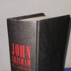 Libros: EL ÚLTIMO JURADO JOHN GRISHAM. Lote 235171935