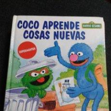 Libros: BARRIO SÉSAMO: COCO APRENDE COSAS NUEVAS - ISIDRO SANCHEZ. Lote 236223185