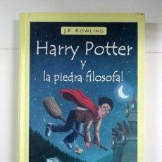 Libros: HARRY POTTER Y LA PIEDRA FILOSOFAL - J. K. ROWLING. Lote 243293655