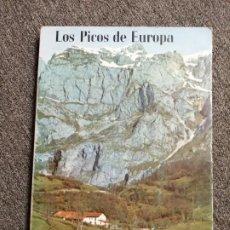 Libros: LOS PICOS DE EUROPA. LIÉBANA Y LOS LEBANIEGOS.. Lote 243296055