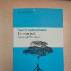 Libros: EN OTRO PAÍS, DAVID CONSTANTINE. Lote 244964415