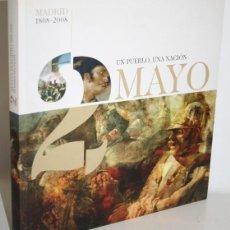 Libros: 2 MAYO MADRID 1808-2003 UN PUEBLO, UNA NACIÓN - PÉREZ-REVERTE, ARTURO (COMISARIO). Lote 268612144