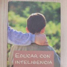 Libros: EDUCAR CON INTELIGENCIA EMOCIONAL. Lote 270631838