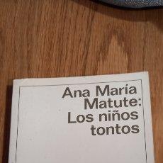 Libros: LOS NIÑOS TONTOS. Lote 270952498