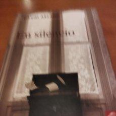 Libros: EN SILENCIO. Lote 279480083