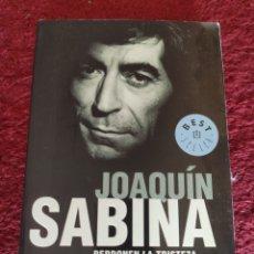 Libros: JOAQUÍN SABINA. PERDONEN LA TRISTEZA. JAVIER MENÉNDEZ FLORES. Lote 295493813