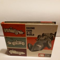 Libros: HIPPO BOOKS 1962 RACING CARS OF THE WORLD. Lote 295873663