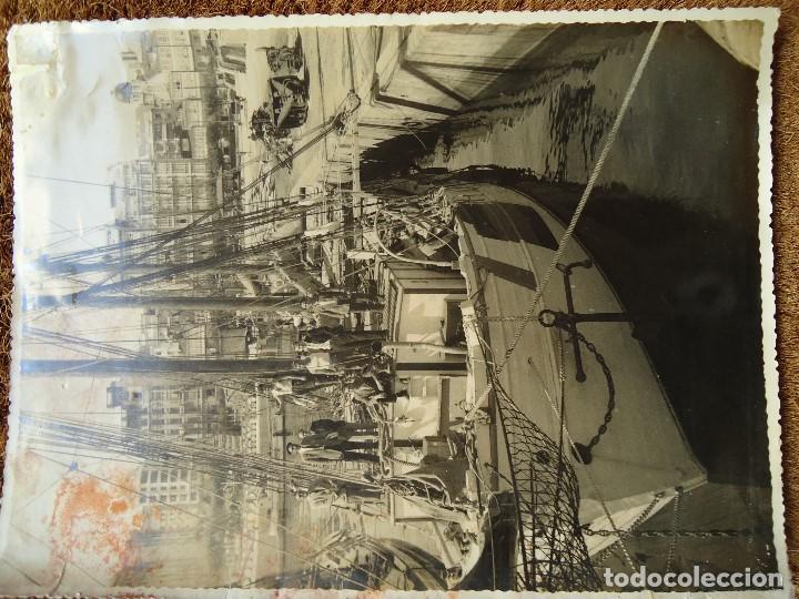 Líneas de navegación: 1950 BARCO ESTRELLA POLAR ATRACADO EN CORUÑA 4 FOTOS 17X23cm. - Foto 3 - 97832440