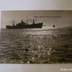 Líneas de navegación: PORT BARCELONA NAVÍO BARCO NAVEGANDO PUERTO DE BARCELONA FOTO ANTIGUA ORIGINAL AÑO 1956. Lote 97929471