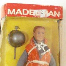 Madelman: MADELMAN SIN USAR, EN SU CAJA. INCLUY COMPLEMENTOS: PRISMÁTICOS, CASCO, BANDERAS SEÑALES. Lote 38682242