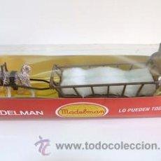 Madelman: MADELMAN TRINEO PERRO ESQUIMAL EN CAJA NUEVO SIN ABRIR. Lote 41076966