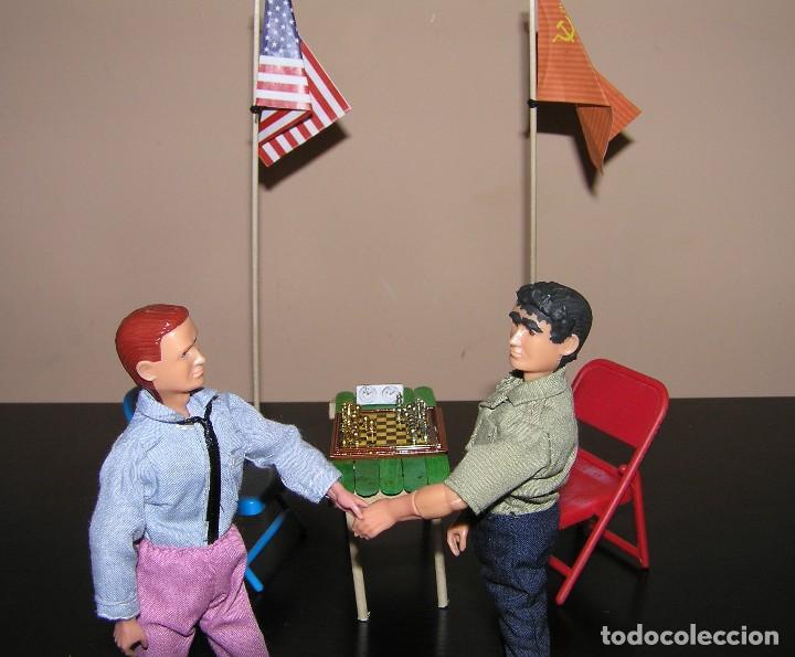 Madelman: Madelman diorama. Partida de ajedrez Spasski-Fischer. Guerra Fria. - Foto 2 - 136109778