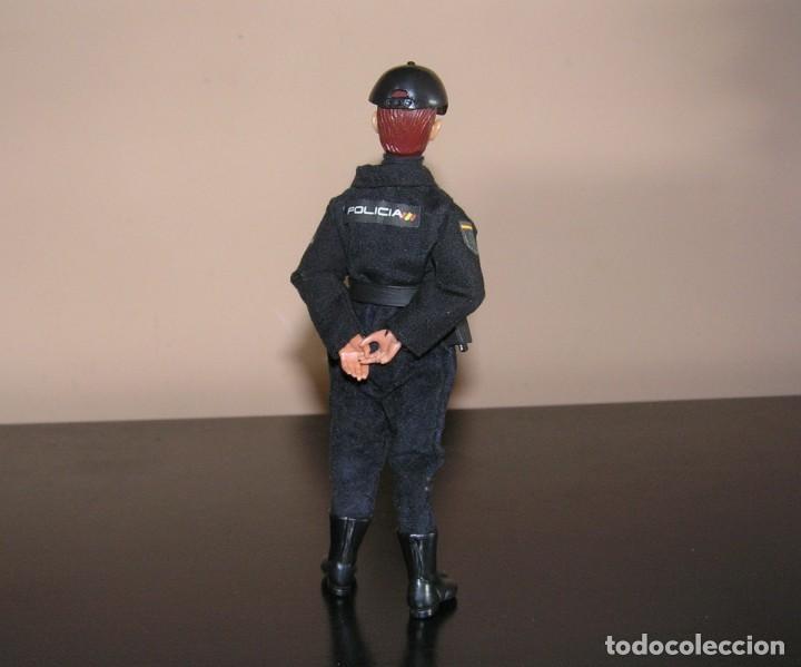 Madelman: Madelman MDE. Serie policías. Cuerpo Nacional de Policia. Nuevo uniforme. - Foto 2 - 132084818