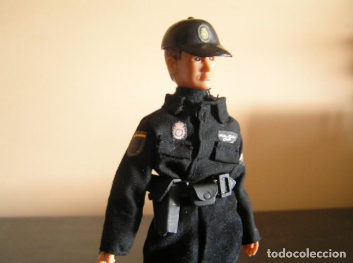 Madelman: Madelman MDE. Serie policías. Cuerpo Nacional de Policia. Nuevo uniforme. - Foto 4 - 132084818