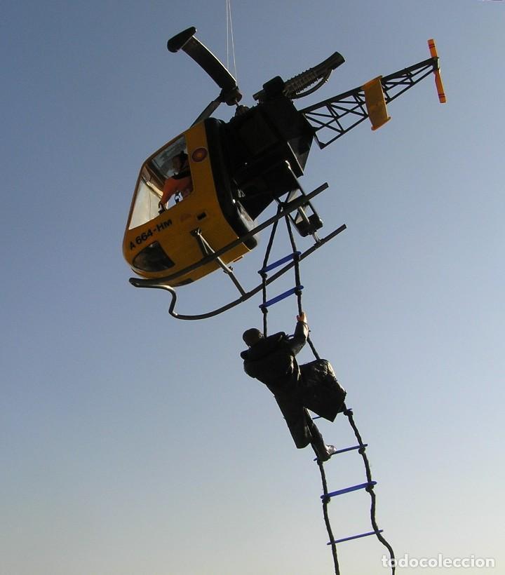 Madelman MDE. Escalera de cuerda. Ideal para helicoptero, militar, medieval. Vale para Geyperman,etc segunda mano