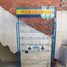 Madelman: ÚNICO Y DIFICILISIMO EXPOSITOR MADELMAN 2050 DE ANTIGUA JUGUETERIA. Lote 143122418