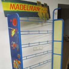 Madelman: EXPOSITOR ORIGINAL MADELMAN 2050, AÑOS 80, MADEL. Lote 144398222