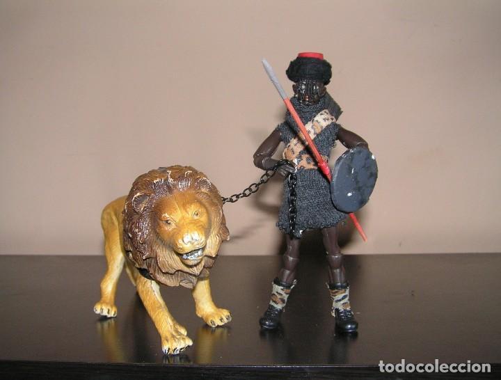Madelman: Madelman MDE histórico. Serie Gladiadores. 11. Secutor negro con lanzas, escudo y león. MISTERIO - Foto 2 - 154765378
