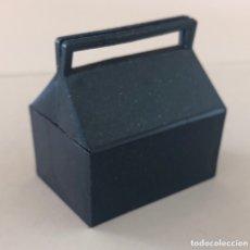 Madelman: MADELMAN ORIGINAL. CAJA HERRAMIENTAS MECÁNICO BOXES, GASOLINERO. Lote 173049118