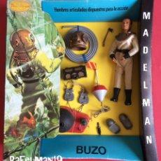 Madelman: MADELMAN 1ª GENERACIÓN - EQUIPO BÁSICO BUZO REF. 115 CON CATALOGO - VER FOTOS. Lote 182410086