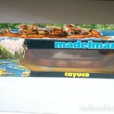 Madelman: MADELMAN CAJA CON CAYUCO INDIO SERIE OESTE. ORIGINAL. Lote 184871216
