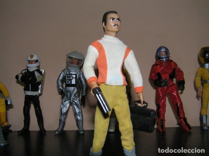 Madelman: Madelman MDE cosmic. Astronauta Piloto de aeronave. Comandante con pistola laser y maletin. MISTERIO - Foto 6 - 190421226