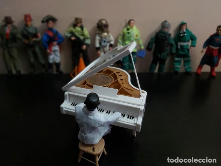 Madelman: Madelman MDE. Pianista negro Casablanca. Tócala otra vez Sam. El piano funciona e incluye musica. - Foto 4 - 220722227