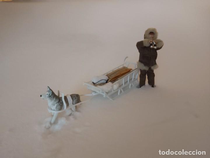 Madelman: Madelman MDE Explorador polar con trineo, perro, latigo, prismáticos, pico, saco, fardo, cuerda, etc - Foto 2 - 234942040