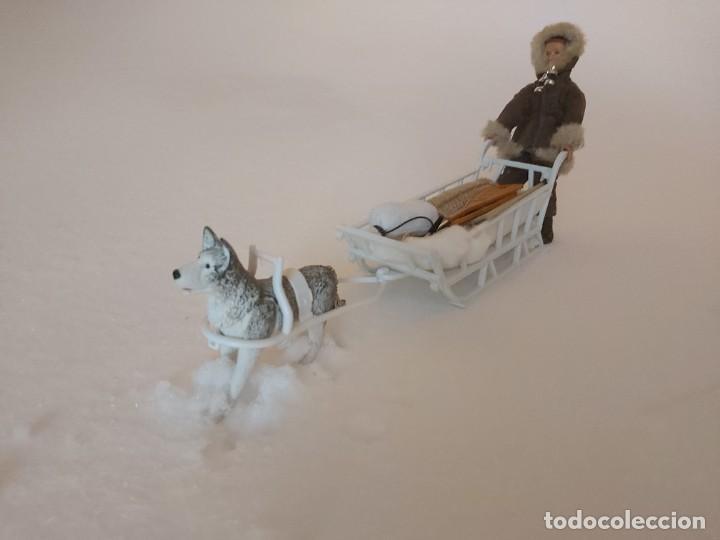 Madelman: Madelman MDE Explorador polar con trineo, perro, latigo, prismáticos, pico, saco, fardo, cuerda, etc - Foto 4 - 234942040